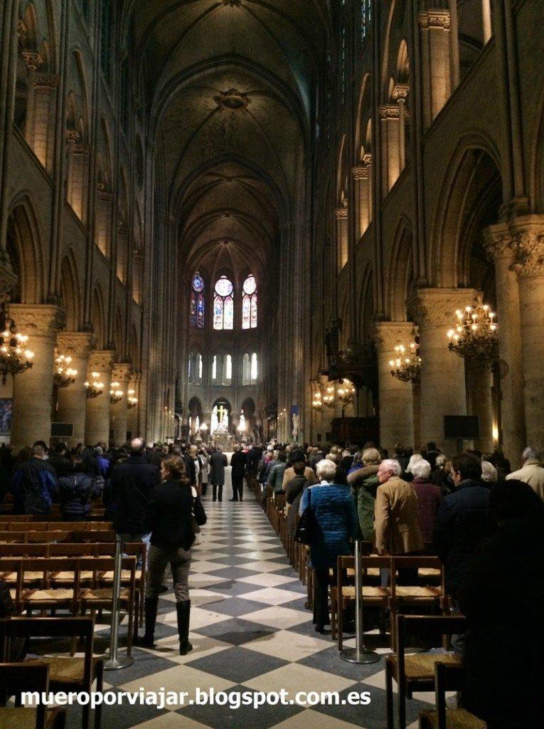 Interior de Cathédrale Notre-Dame