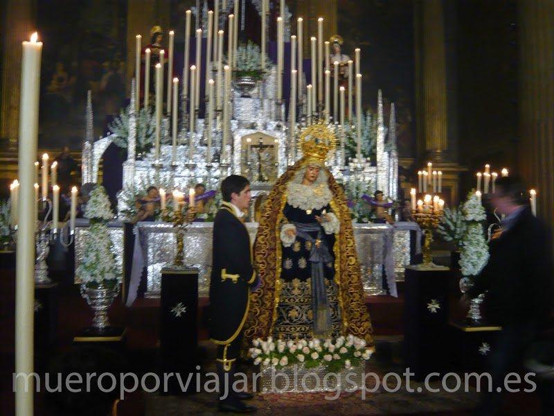 Virgen de la Macarena lista para salir a la calle