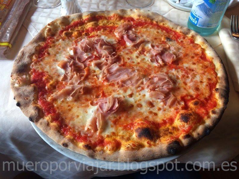Pizza Prosciutto, estaba tan buena como parece