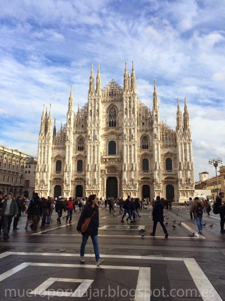 Vista de la plaza del Duomo de Milán