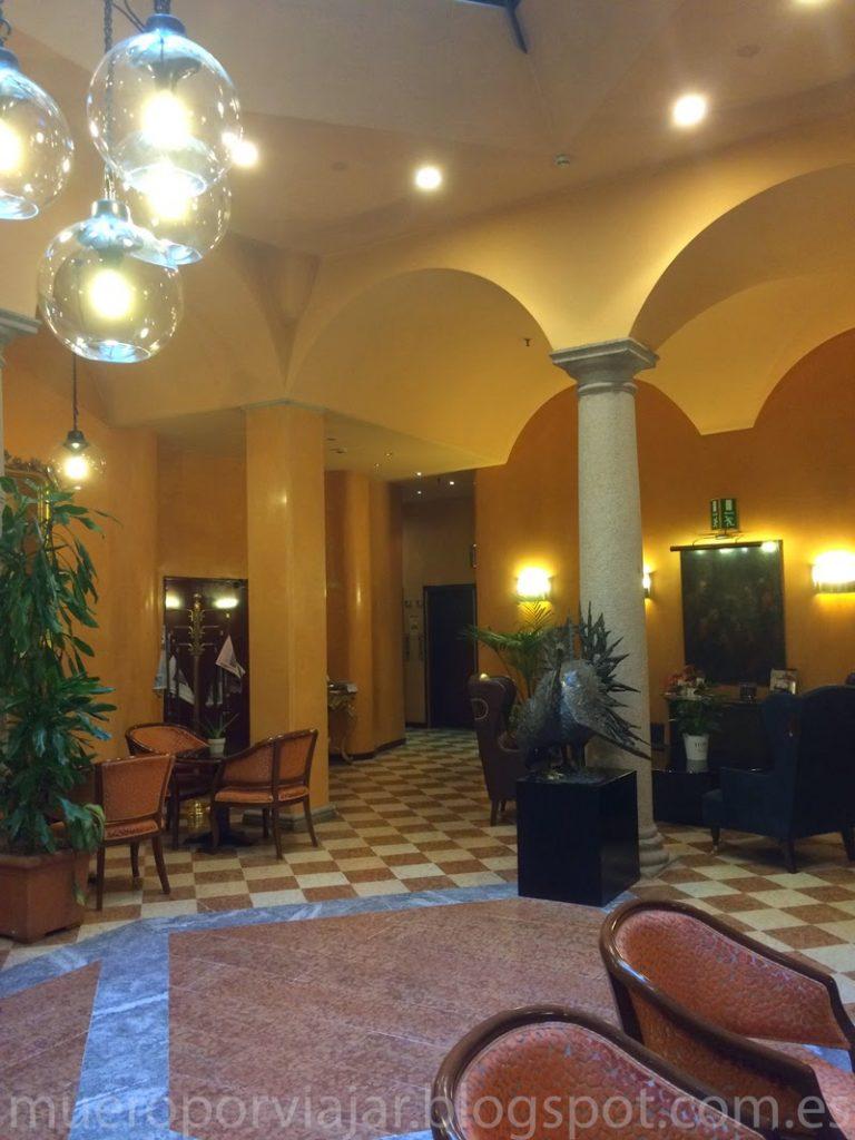 Vestíbulo del Hotel Regina de Milán