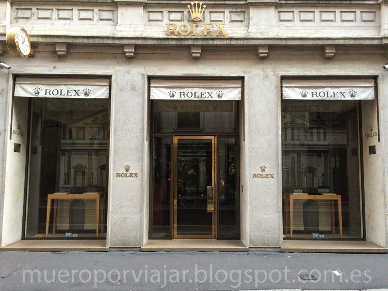La lujosa tienda Rolex, siempre cae algo en cada viaje