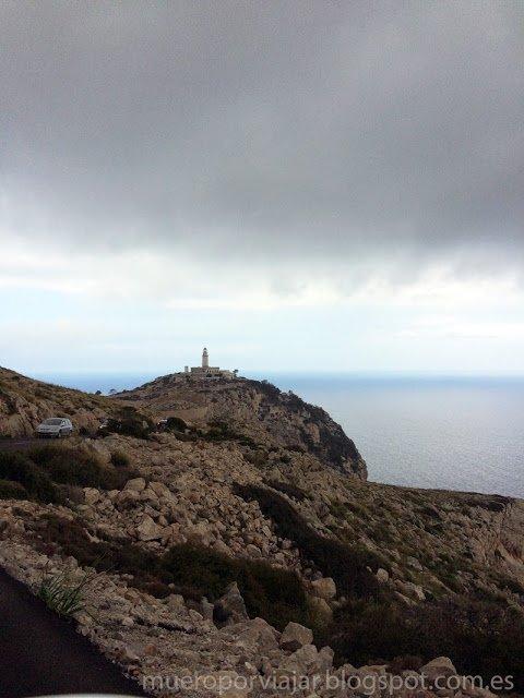 Vista del faro de Formentor en Mallorca