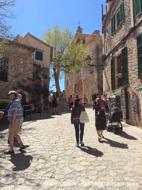 En Valldemosa, todas las calles son casco antiguo