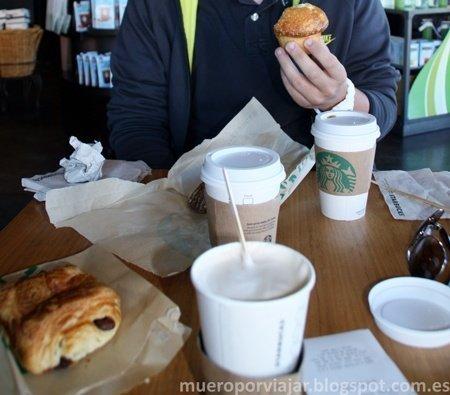 Los tres cafés que nos tomamos de buena mañana