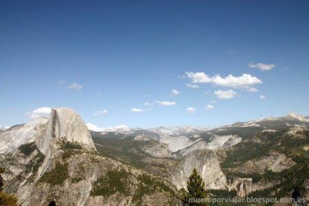 El día era espectacular, hacia un sol perfecto para poder disfrutar de las vistas de Yosemite