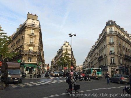 Cruce de Rue de Moscou con Rue Clapeyron, Rue de Turin y Rue de Saint-Petersbourg de París