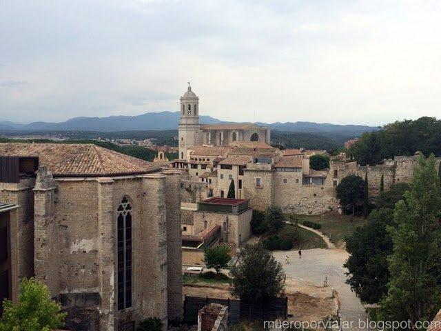 Vista de Girona desde la parte alta de la muralla