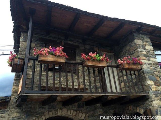 Las casas del pueblo de Taüll son muy bonitas