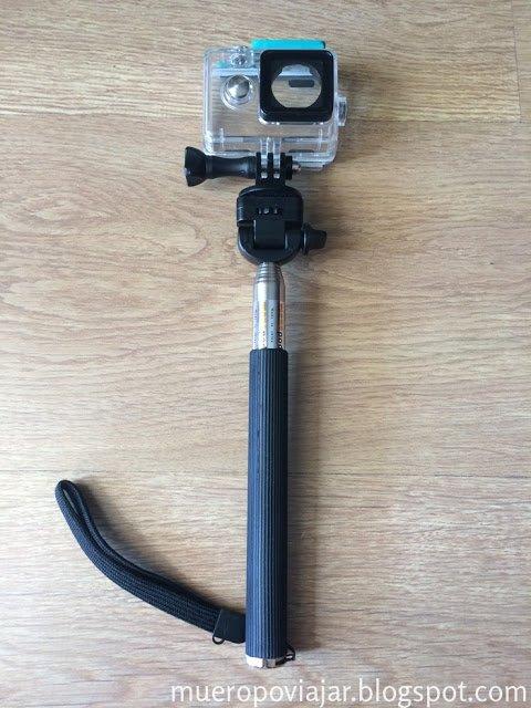 Protector para el agua (y polvo) para la Xiaomi Yi Action y el palo extensible para grabar