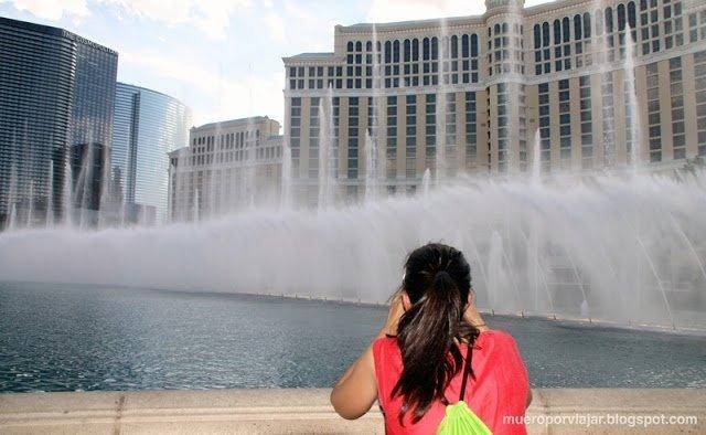 Sin lugar a dudas el espectáculo de las fuentes del Hotel Bellagio es un 'must' de tu visita a Las Vegas