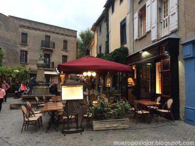 La ciudad amurallada de Carcassonne esta repleta de restaurantes