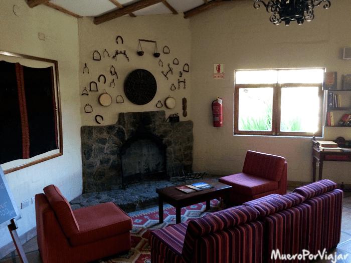 En el hall del Interior Hotel Casa Andina Colca había un ambiente muy bueno para pasar el frio