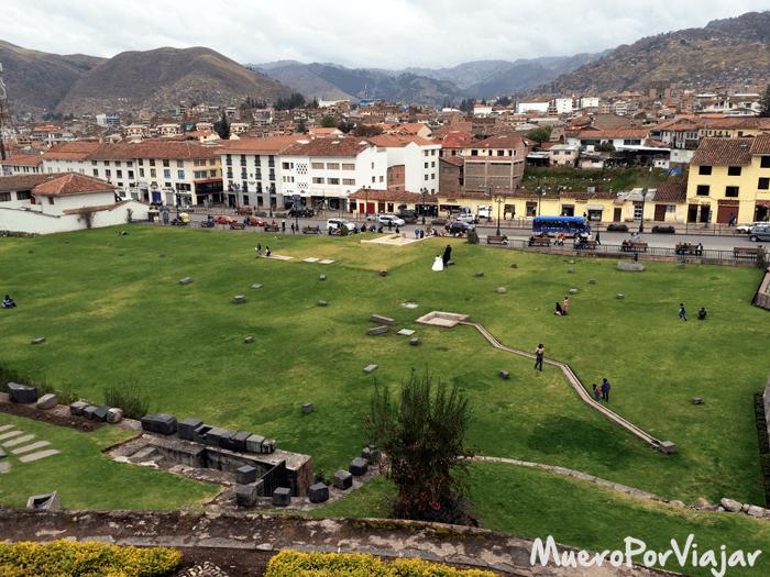 Cualquier monumento histórico sirve para fotos de boda en Cuzco