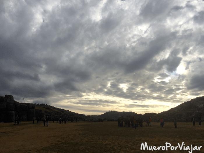 Atardecer en la Fortaleza de Sacsayhuaman