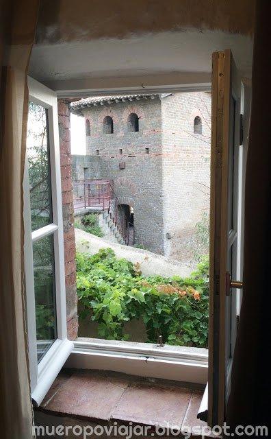 Desde la habitación se puede ver la muralla de Carcassone