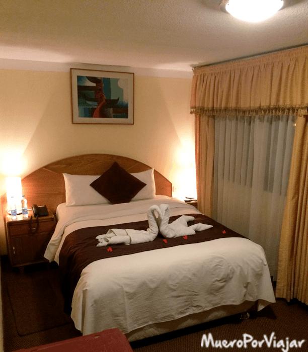 Interior de la habitación del Hotel Balsa Inn en Puno