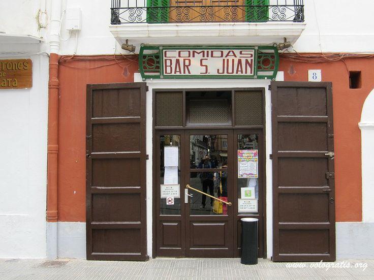 Bar de San Juan en pleno centro de Ibiza