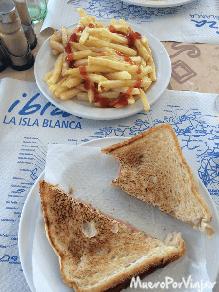 Tremendos sandwiches en Casa Juan, Ibiza