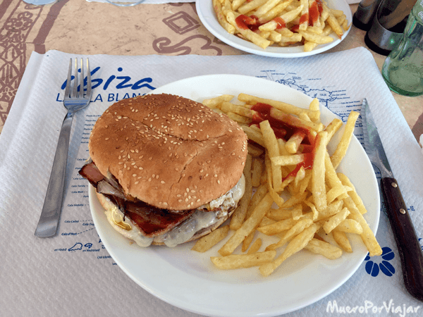 Hamburguesa de Casa Juan, Ibiza