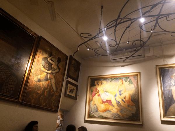 La decoración del Bar Costa en Santa Gertrudis de Fruitera es muy bonita y moderna