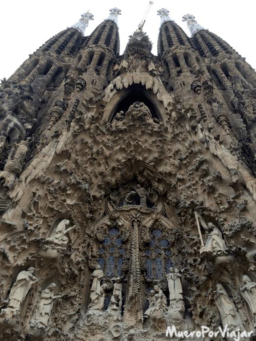 Fachada de la actual entrada a la Sagrada Familia