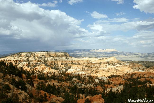Bryce Canyon ofrece unas vistas espectaculares