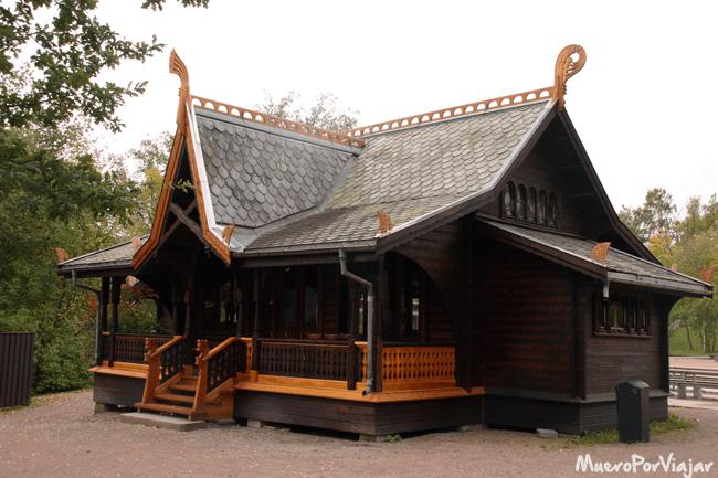 En el Museo Folklórico Noruego se hace un repaso por la historia de las construcciones del país