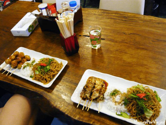 La comida estaba muy buena y el trato fue una delicia