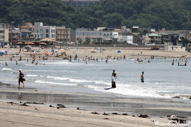 La Playa de Kamakura, Japón