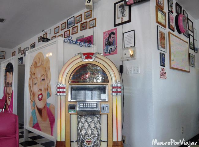 El restaurante Mr D´z es una puerta al pasado a la época gloriosa de Rock en los EEUU