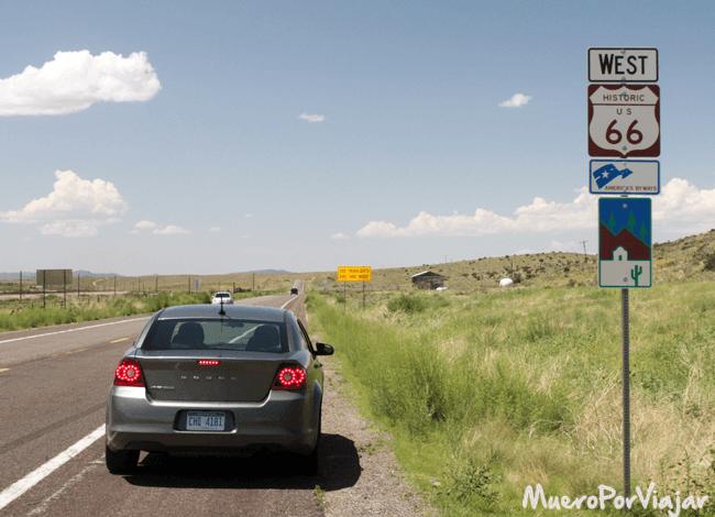 En la autentica y geniuna Route 66 a la salida de Seligman