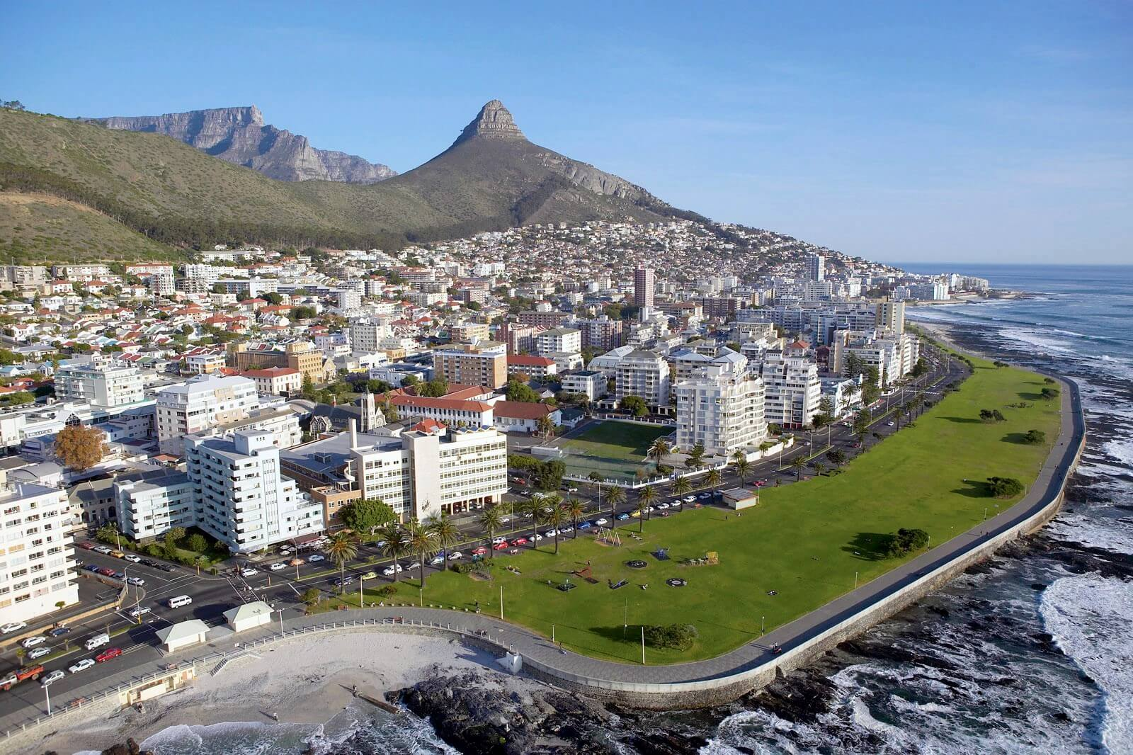 Aerial_View_of_Sea_Point,_Cape_Town_South_Africa (1)