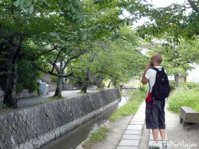 #ElCámaraResignado filosofando en el Paseo de la Filosofía, Kioto