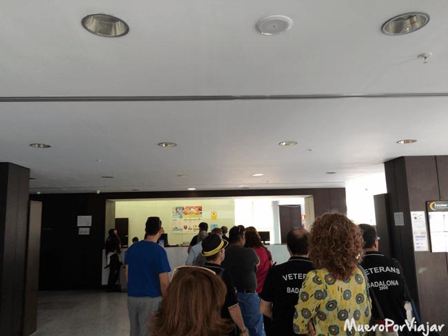 Cola en la recepción del hotel Agora Spa & Resort, Peñíscola (Castellón)