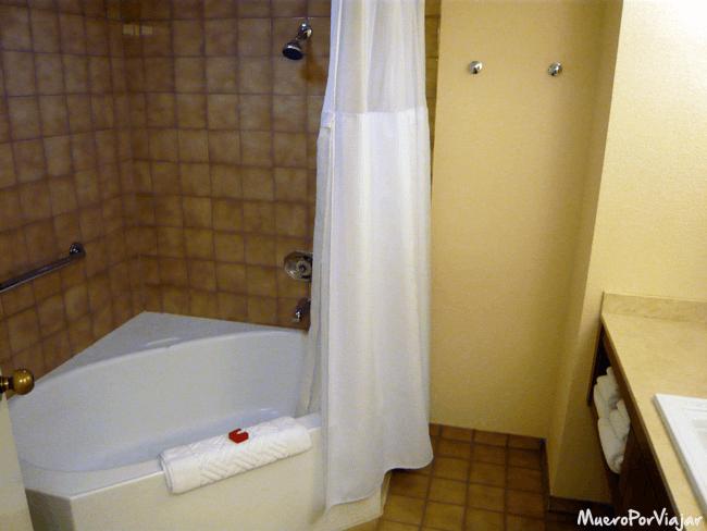 Baño de nuestra habitación en el hotel Tropicana Las Vegas