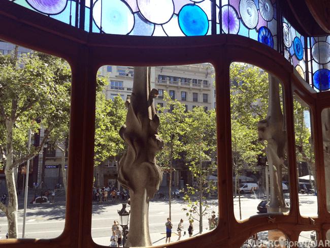 Vistas del Passeig de Gracia desde la Casa Batlló (Barcelona)