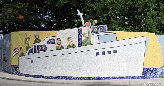 Mural que ilustra la llegada de Fidel y el Che a la Habana