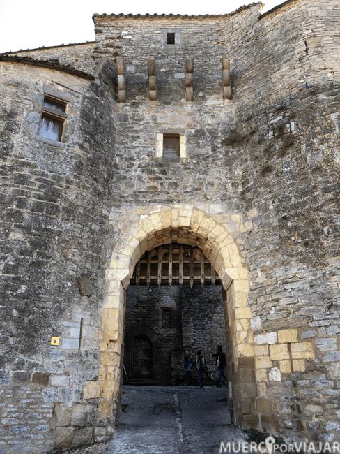 Encontramos todo tipo de estructuras medievales por las calles del pueblo