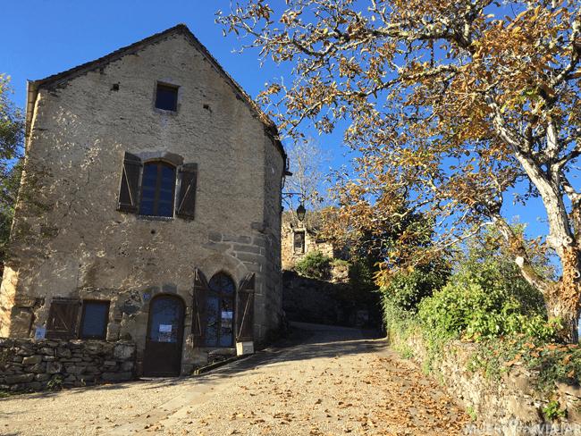 Najac define perfectamente la zona de Midi-Pyrenees, romantica, tranquila y naturaleza