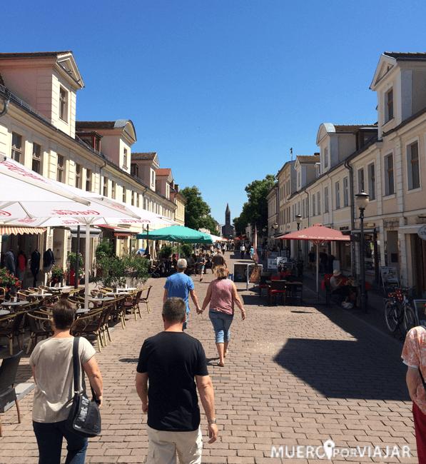 La ciudad de Postdam es muy turística y hay un gran boulevard para comer o tomar copas