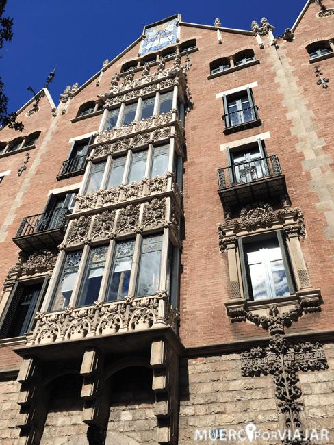 Fachada de la casa de Josepa en la Casa de les Punxes de Barcelona