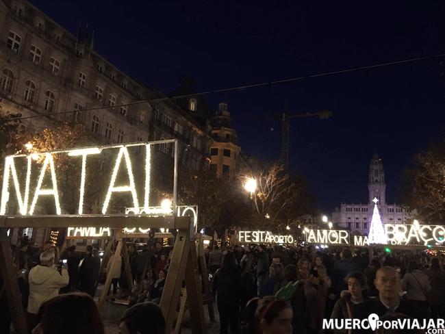 Decoración navideña muy bonita en Oporto