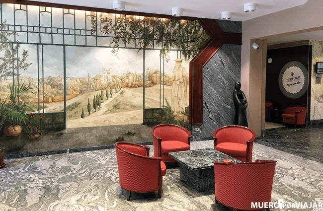 Recepción del hotel Bedford Hotel & Congress Centre en Bruselas