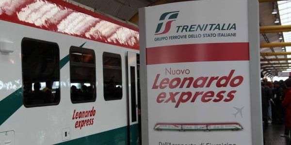 Otra opción para ir del aeropuerto al centro de Roma es el Tren Expreso - Leonardo Express