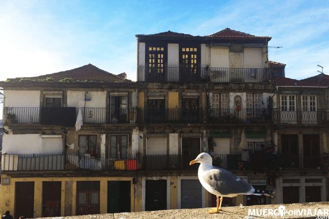 Los barrios de Oporto emanan ese aspecto a puerto antiguo tan bonito