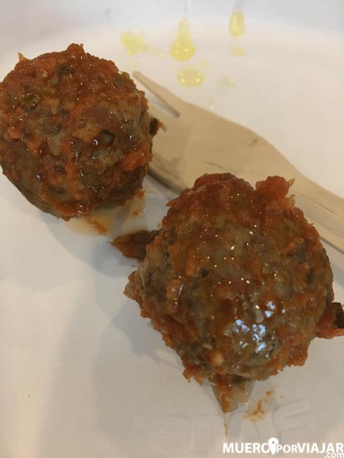 Albondigas de ternera pirenaica con sanfaina