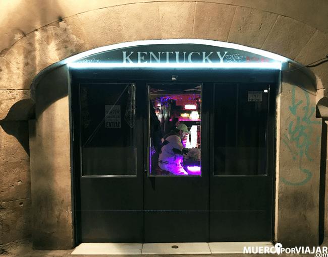 Bar de copas Kentucky, donde se divertían los marineros de la sexta flota americana en Barcelona