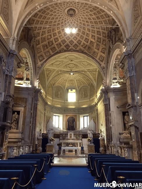 El interior de la Chiesa di San Pietro in Montorio