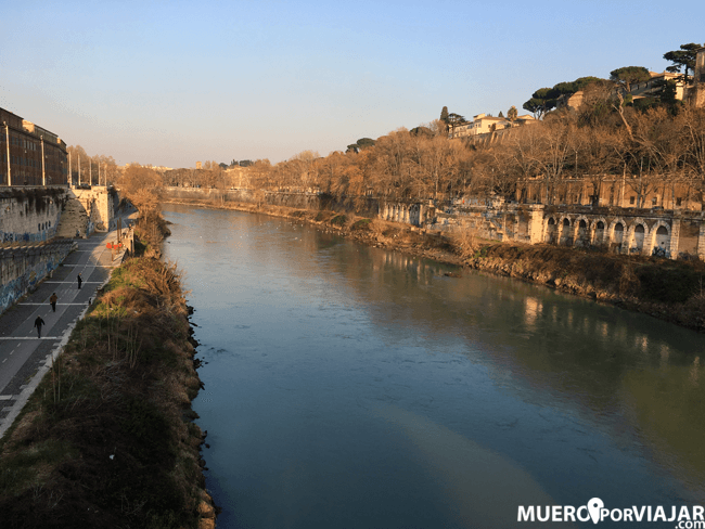 El rio Tiber ne Roma